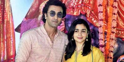 Syuting di Lokasi yang Sama, Ranbir Kapoor Hindari Alia Bhatt. Kenapa Ya?