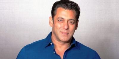 Salman Khan Akan Tetap di Rumah Pertaniannya Sampai Lockdown Dicabut