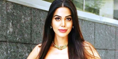 "Aktris ""Dangerous"" Natasha Suri Positif COVID-19, Gagal Temani Bipasha Basu Promosi Film"