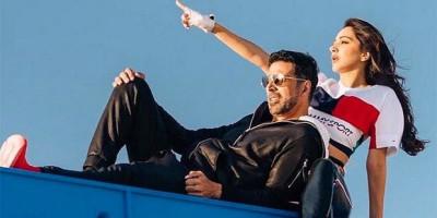 Fox Star Studios Tolak Ide Akshay Kumar Launching Lagu Burj Khalifa di Dubai
