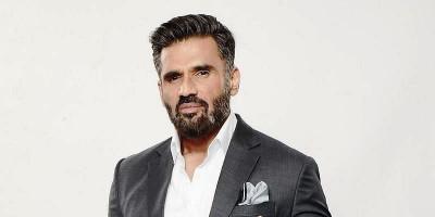 Suniel Shetty Perankan Ayah dalam Fighter?