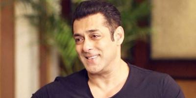 Salman Khan dan Keluarganya Dinyatakan Negatif COVID-19