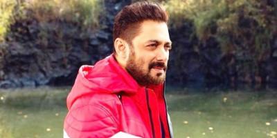 Salman Khan Batalkan Perayaan Ulang Tahunnya Tahun Ini karena COVID-19