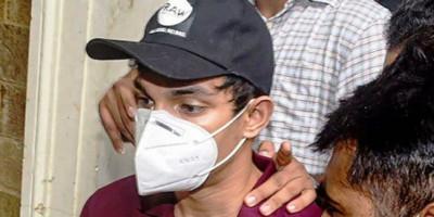 Setelah 3 Bulan di Penjara, Akhirnya Showik Chakraborty Bebas
