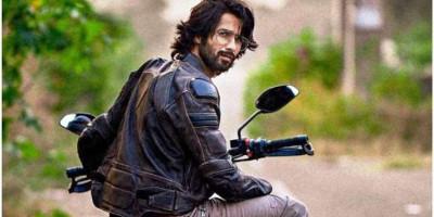 Shahid Kapoor Akan Perankan Karna di Film Adaptasi Mahabharata