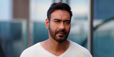 """Ajay Devgn Rayakan 19 Tahun Filmnya """"The Legend of Bhagat Singh"""""""