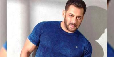 "Salman Khan Booking Diwali 2022 untuk Rilis Filmnya ""Kabhi Eid Kabhi Diwali"""